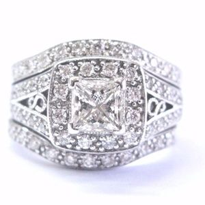 Fine Princess & Round Cut Diamond WIDE Milgrain En
